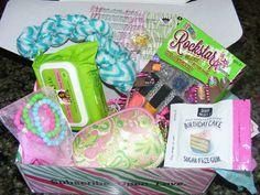 September Posh Pak for age: 9-12 Poshpak.com  #poshpak #subscriptionbox #giftsforgirls #tweens Sugar Free Gum, Birthday Money, Gifts For Girls, Tween, Lunch Box, September, Glow, Age, Thrift Stores