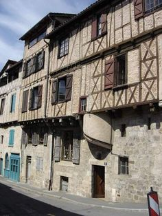 FIGEAC Maison à colombages.  France