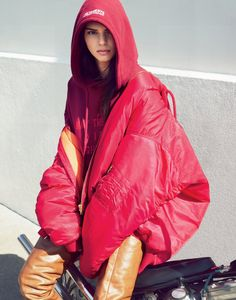 Vogue September Issue: Kendall Jenner EXAMPLE.PL