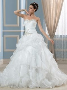 Plus Size Strapless Beading Organza Ruffles A-Line Wedding Dress & informal Wedding Dresses