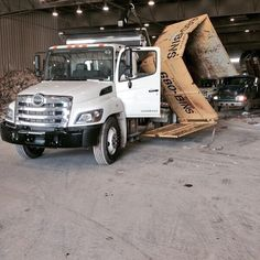 need a dump run bin?   Call 403-397-5865 now!  $325 get you a 12 yard waste bin to remove your Calgary junk removal loads.   Dispose of washers, dryers, and ovens.   You will love our deals.   We take appliances in the bins (washers, dryers, stoves, dishwashers). These items are recycled.  Refrigerators, freezers, air conditioners and water coolers are subject to freon fees.  $325 includes: rental of a 12yd bin, use of  waste dumpster for 7 days, pickup and drop-off of the container, and…