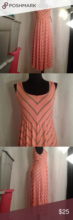 a461b3b48 Liz Lange Maternity Chevron Dress Liz Lange Maternity Chevron stripe maxi  sun dress in a shade
