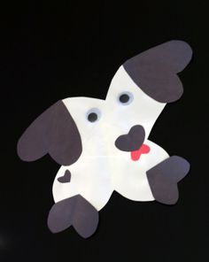 This Valentine's Day craft uses paper hearts of different sizes to create a cuddly puppy your child will love seeing on the wall!