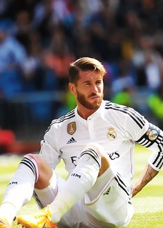 Top 100 Sergio Ramos part 2 photos Football Is Life, Best Football Team, Good Soccer Players, Football Players, Real Madrid Manchester United, Ramos Real Madrid, Santiago Bernabeu, Real Madrid Players, European Soccer