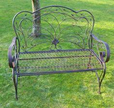 vintage-gartenmöbel-metall-ornamente-fermob-montmartre (640, Gartenarbeit ideen