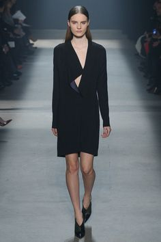 Narciso Rodriguez Fall 2014 RTW - Review - Fashion Week - Runway, Fashion Shows and Collections - Vogue
