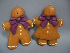 Gingerbread Boy and Girl, patterns by Pat Olson. These cute Christmas ornaments are hand carved and painted by Susan Hendrix. Please visit my site: wasatchwoodcarver.com