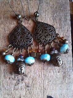 Boucles d'oreilles chandelier arabesques et breloques : Boucles d'oreille par chica-perles