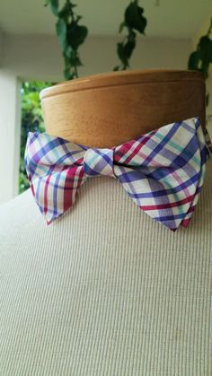 Pre-Tied Bow Tie & Matching Pocket Square by BowMeAwayByAlexandra