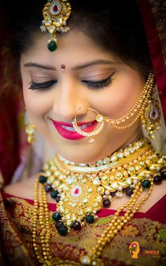 bridal jewelry for the radiant bride Indian Bridal Photos, Indian Bridal Fashion, Indian Bridal Wear, Indian Wedding Jewelry, Bridal Jewelry, Beautiful Indian Actress, Beautiful Bride, Beautiful Women, Bridal Makeup Images
