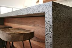 Polished-Concrete-Island-Bench-Bondi-Beach-3-700x466.jpg (700×466)