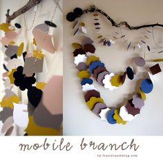 DIY ? Branch Mobile, Creative Crafts, Diy Crafts, Diy Bebe, Paper Chains, Pine Cone Crafts, Diy Garland, Baby On The Way, Baby Nursery Decor