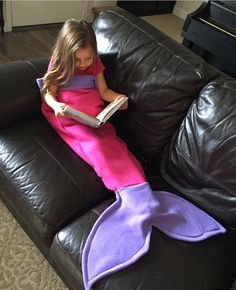Super Soft Children's Fleece Mermaid Tail Blanket Bag! Hot Pink Tail with Purple Fin!