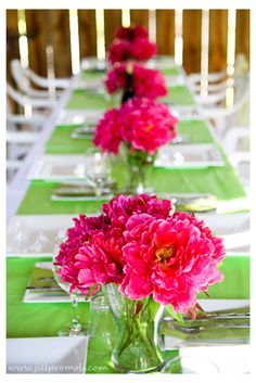 Simple and chic. Not fussy. So we can focus on good food, good drinks, good friends and great times - Pink and green  wedding @DannyMandi Luebbers @Misty Schroeder Luebbers