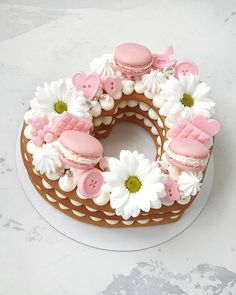 29th Birthday Cakes, Pretty Birthday Cakes, Pretty Cakes, Cake Frosting Recipe, Frosting Recipes, Fun Baking Recipes, Cake Mix Recipes, Kid Desserts, Delicious Desserts