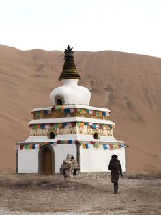Temple chinois désert de Chine - Badain Jaran - blog voyage