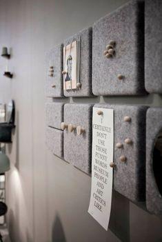 Korkplatten mit Filz bekleben oder an der Rückwand festtackern Glue cork panels with felt or cling to the back wall Pin: 736 x 1098