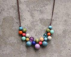 Collier de perles en bois collier Bavoir vert par LeafFeather