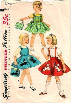 1950s Simplicity 1746 Vintage Sewing Pattern Girls Jumper