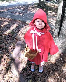 The Modest Homestead: Little Red Riding Hood Costume {Tutorial} Diy Bat Costume, Tinker Bell Costume, Halloween Costumes For Kids, Costumes Kids, Red Riding Hood Costume Kids, Tie Matching, Costume Tutorial, Dress Up Costumes, Little Red