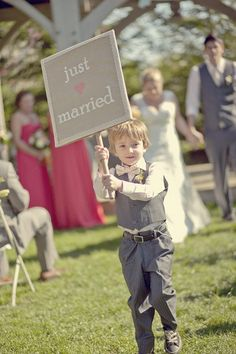 What a cute idea ~ Instead of the sign with 'here comes the bride' ... Love this! Photography by younghearts.ca