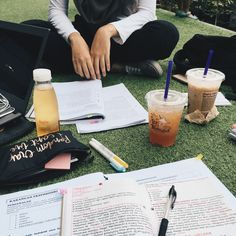 """coffeedict: """" 2nd May 2016 // Day 26/100 Studied with a bunch of friends today…"""