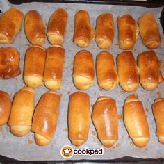 Hot Dog Buns, Finger Foods, Savoury Pies, Cooking Recipes, Favorite Recipes, Bread, Sausages, Greece, Party