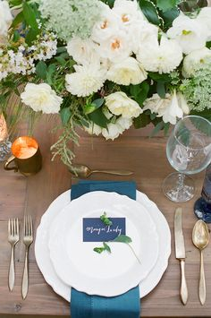 Navy and white wedding table decor.