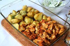 Pieczone piersi z kurczaka i czosnkowe ziemniaczki - FIT przepisy