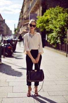 Parisian afternoon | black + white a la Audrey Hepburn