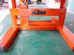 I live.: KTM DUKE II