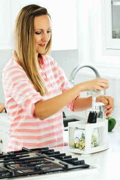 8 Life-Changing Ways to Use a Spiralizer! This little $30 kitchen gadget makes healthy eating super fun and easy! | pinchofyum.com
