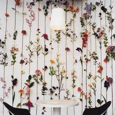 Floral walls are ❤️ #inspo #styleinspo #flowerstagram #floral #igstyle Photo via @bohofactory