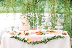 This wedding dessert table makes our hearts skip a beat! via Southern Weddings Magazine Wedding Desserts, Summer Desserts, Wedding Cakes, Wedding Decorations, Wedding Ideas, Wedding Inspiration, Wedding Details, Apple Desserts, Diy Wedding