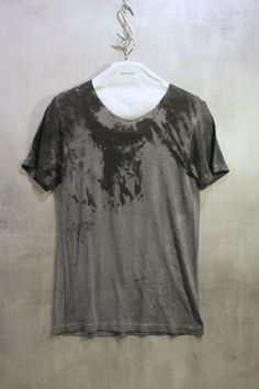 http://www.verticelondon.com/blog/aw12/amy-glenn-a147g-unique-t-shirt-collection-now-available-at-vertice-london/