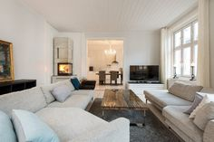 24_615523807 Burgundy, Couch, Living Room, Interior Design, Furniture, Home Decor, Lifestyle, Rome, Nest Design