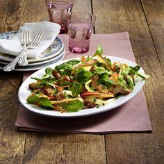 Feldsalat mit Putenstreifen und Kräuter-Vinaigrette Rezept