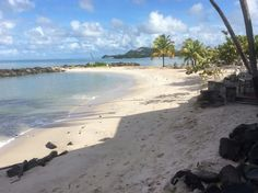 Malabar Beach, Rendezvous Beach Resort, Saint Lucia. Photo by: Shawn Lewis @captainstravelclub