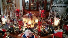 Dining Room Table - red - white - blue - centerpiece