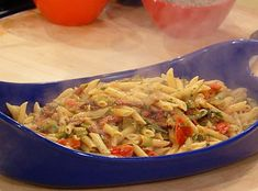 Creamy BLT Pasta (Rachael Ray)//we really enjoyed this one! (guess you can't go wrong with bacon & leeks!)