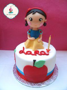 #tarta de cumpleaños para celebrar el 1er cumpleaños de Lara