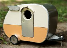 Vintage Camper Birdhouse by jumahl on Etsy--clever and cute!