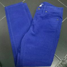 Ann Taylor Loft skinny corduroy Excellent  used condition. Size 2p. Ann Taylor Pants Skinny
