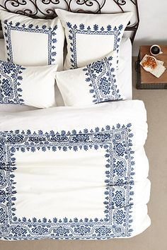 Aari Embroidered Duvet #anthrofave bedroom