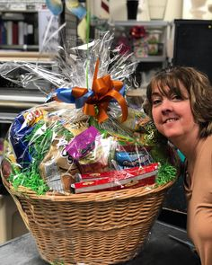 02624bdaa80 Georgianne and her GIANT snack basket!  gourmet  snacks  gifts   giftdelivery