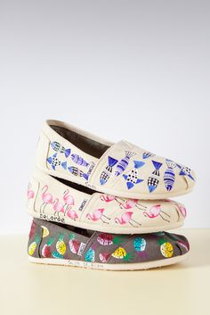 Hand-painted in Haiti TOMS Classics turn each step into a work of art!