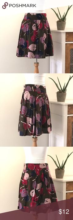 """modern floral print skirt Super cute, this skirt has a big bright abstract floral print in wine, plum, and blush pink over a chocolate brown background and is fully lined. Dress it up or down, will work either way! Length approx 20.5"""". 100% cotton. ✨✨excellent condition✨✨ Mossimo Skirts A-Line or Full"""