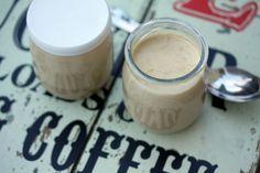 Crèmes au chocolat praliné et crèmes au café (à la Multi-Délices)