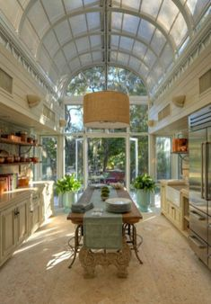 35 Fabulous Conservatory Kitchen Design Ideas That You Definitely Like - It is astonishing how much the design of kitchens has changed in recent years. Traditionally kitchens were one of the largest rooms in the house. Dream Home Design, My Dream Home, Home Interior Design, Modern Interior, Country House Design, Country House Interior, Dream House Interior, Antique Interior, Interior Colors