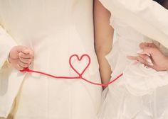 赤い糸と一緒に撮る前撮り写真のポーズまとめ